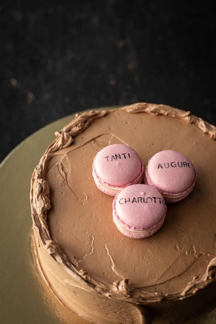 Say Signature Cake with Macarons
